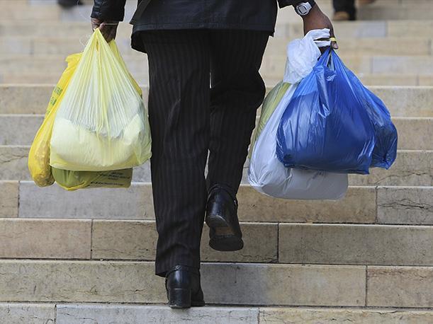 Costa Rica. Dos tiendas decidieron decirle adiós a las bolsas plásticas