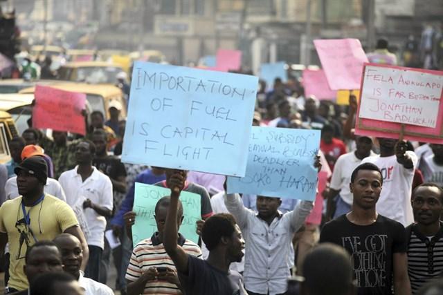 Cinco países africanos se 'plantan' y prohíben la importación de combustibles tóxicos