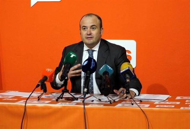 Cs pide la comparecencia del consejero de Medio Ambiente por el vertido de la mina de La Zarza
