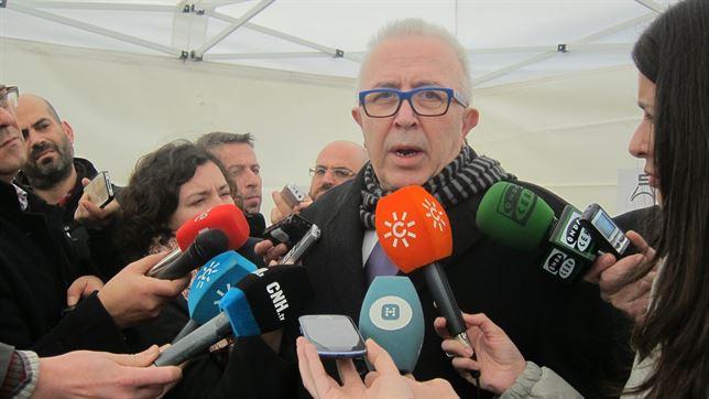 Andalucía rechaza la nueva normativa de energía renovables del Gobierno