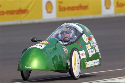 Dos vehículos del Instituto Politécnico de Cartagena compiten en la Solar Race 2011