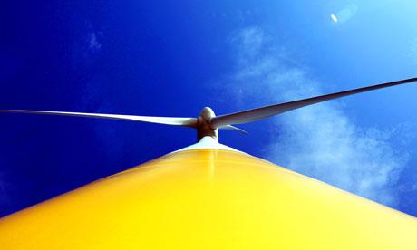 Cantabria confía en que plan energético se apruebe este año e implementar esta legislatura el concurso eólico