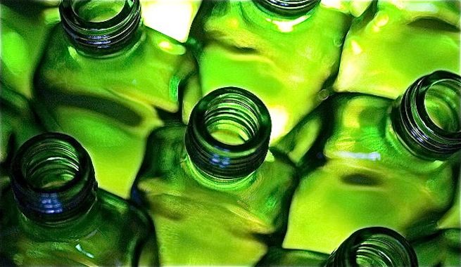 Los 10 mandamientos del 'reciclaje' para un verano sostenible