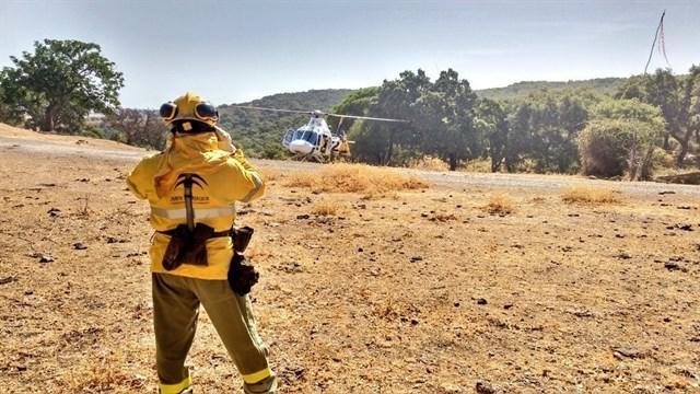 El incendio forestal de Los Guájares (Granada) calcina 7,9 hectáreas de matorral