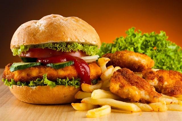 Una dieta alta en grasa y azúcar podría reducir los beneficios de los polifenoles