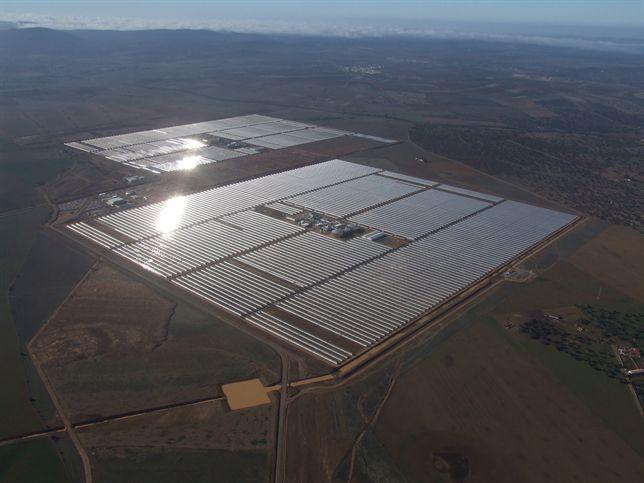 Un fondo británico denuncia ante el 'Ciadi' a España por los recortes a las energías renovables