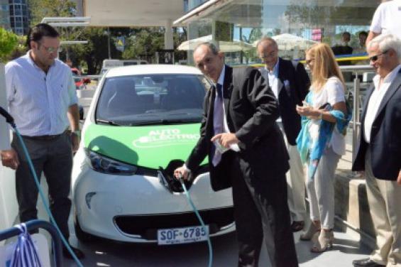 Uruguay. Inauguran el primer punto de recarga de la Ruta Eléctrica entre Colonia y Chuy