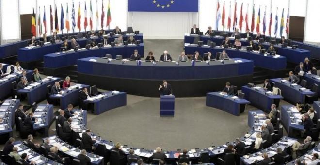 La Eurocámara pide a la UE una 'hoja de ruta' antes de 2018 para reducir a cero emisiones en 2050