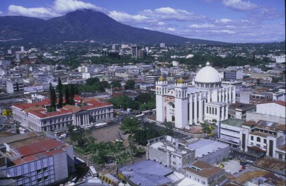 Dos sismos sacudieron a El Salvador