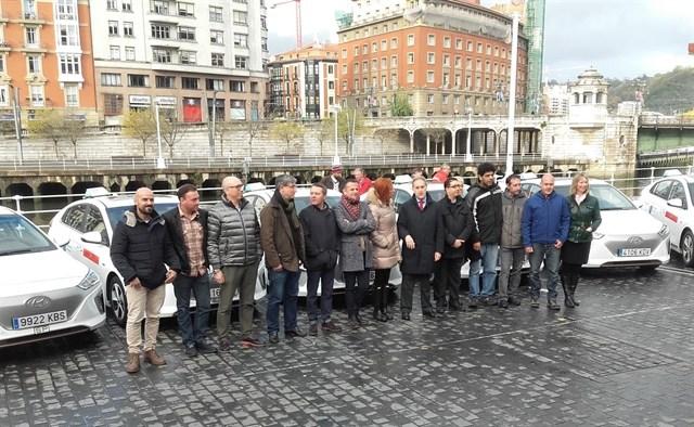 Todos los taxis de Bilbao serán 'Eco' o eléctricos en 2030