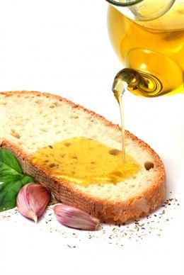 Dieta mediterránea con aceite de oliva virgen la gran 'aliada' del corazón