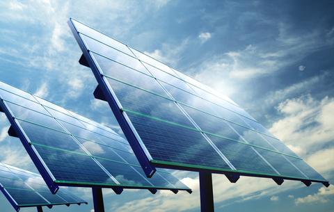 ÚNICO Máster oficial semipresencial en Energías Renovables para titulados universitarios