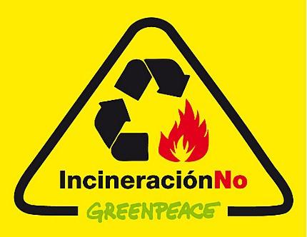 Greenpeace sale a la calle para demostrar que la incineración de residuos tiene alternativas