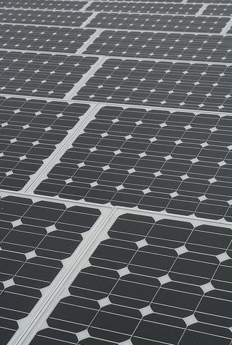 Los instaladores eléctricos dicen que el recorte a la fotovoltaica acabará con 4.000 empleos directos