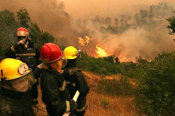 Chile. Aún hay 44 incendios forestales activos