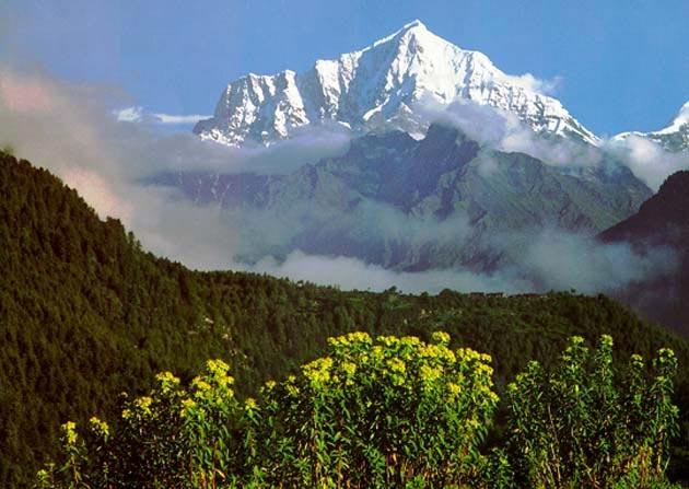 La India se ha metido 2 metros bajo el Tibet en los últimos 50 años