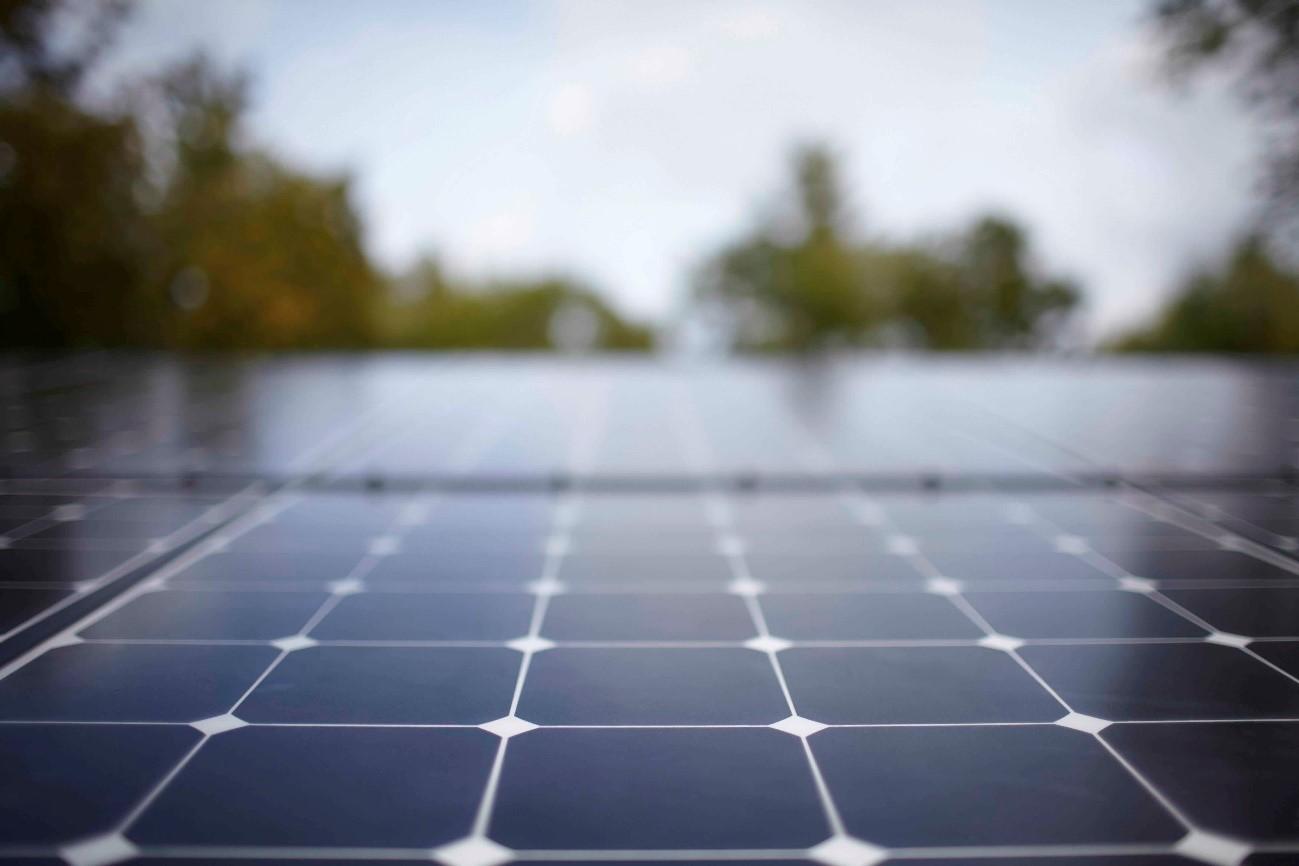 Riba-roja dijo No a colocar paneles solares en techos municipales