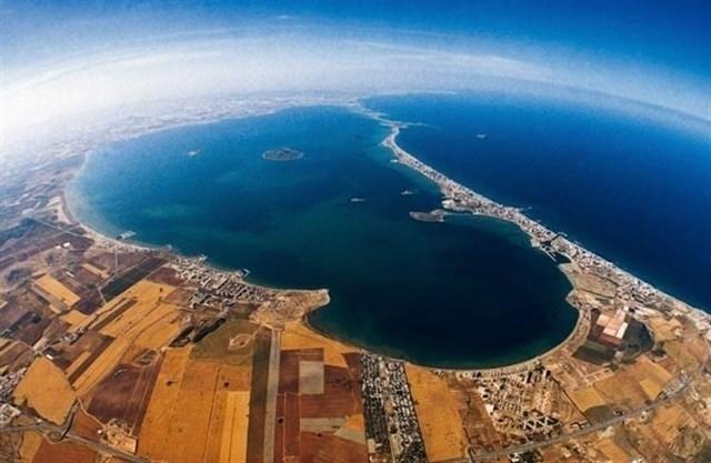 Medio Ambiente afirma que la transparencia del Mar Menor se ha incrementado un 75% y la turbidez está por debajo del 71%