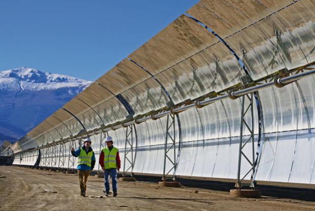 Las energías renovables podrían perder 111.000 empleos por  la reforma energética