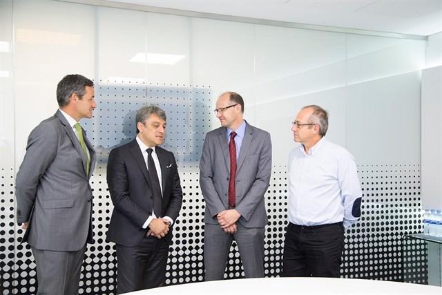 Seat y Madrileña Red de Gas se reúnen con el Ayuntamiento de Madrid para promover el uso del GNV