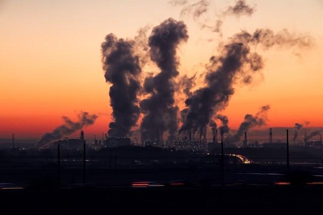 La contaminación del aire y la pobreza elevan el riesgo de TDAH
