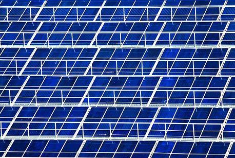 Los paneles fotovoltaicos en aparcamientos de centros de Sonae Sierra evitarán la emisión de 2.500 toneladas de CO2