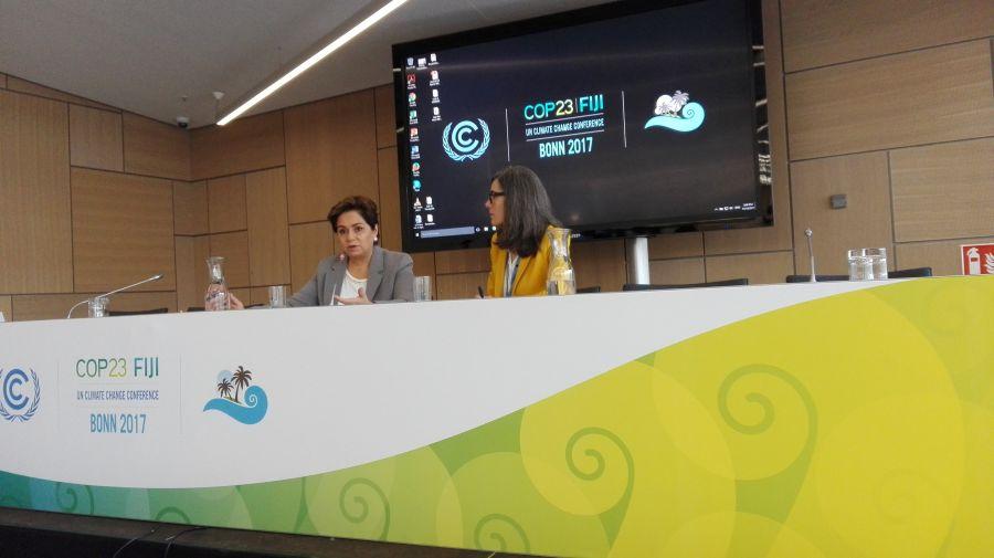 """Patricia Espinosa: """"La transición hacia la energía limpia no se dará rápidamente, pero es muy importante acelerar el proceso"""""""
