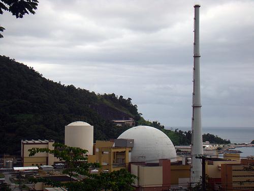Alargar las nucleares hasta los 60 años ahorrará 2.000 millones al año