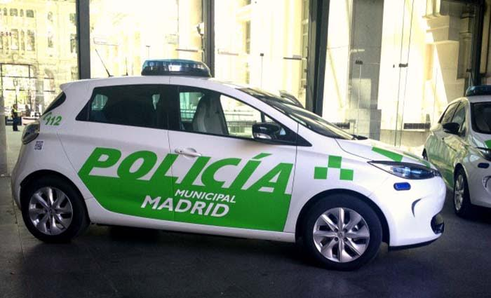 La Policía Municipal de Madrid contará en 2017 con 8 turismos eléctricos, 14 híbridos y 10 motos 100% eléctricas
