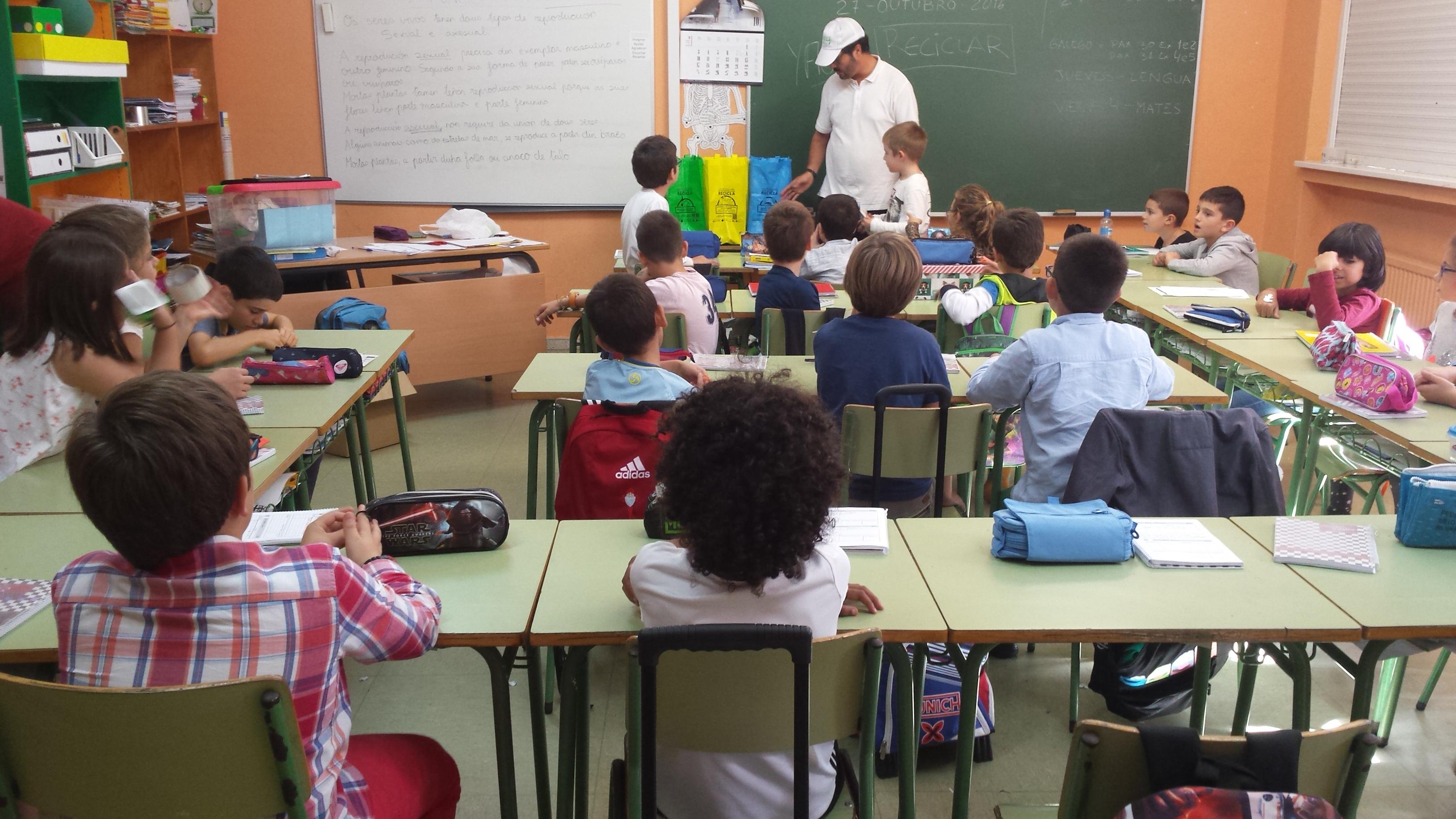 Formación a 2.100 escolares gallegos en reciclaje