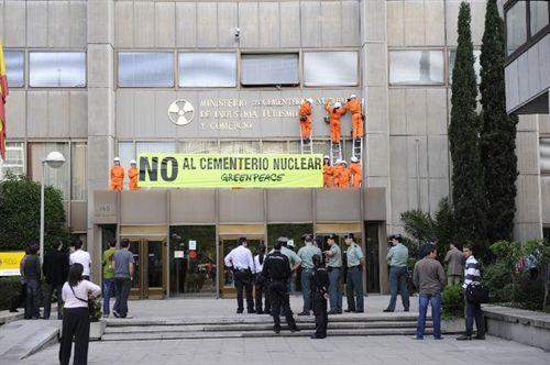Greenpeace exige a Zapatero que 'deje de mentir' en materia energética
