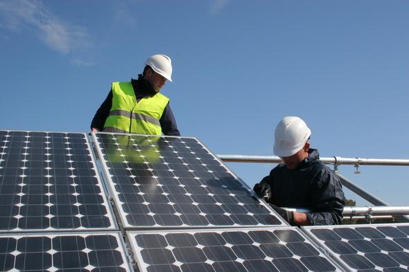 Extremadura exige aprobar un plan de energías renovables para la región