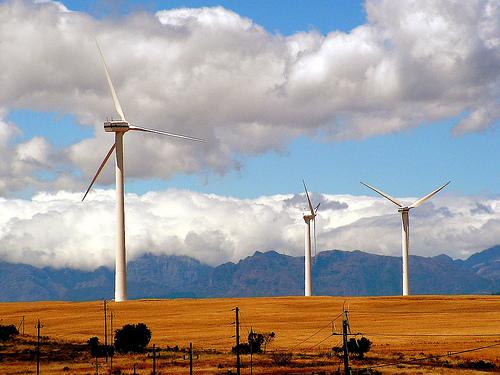 Acciona invertirá 4.000 millones de euros hasta 2013 en renovables