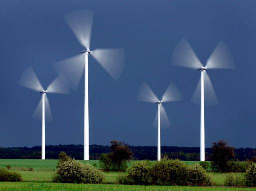 Las primas de la eólica, en línea con los objetivos de la CNE