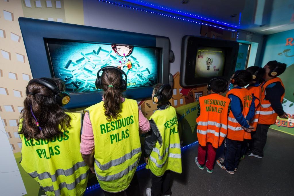 26.500 estudiantes han visitado la Escuela móvil de Reciclaje durante el curso 2012-2013