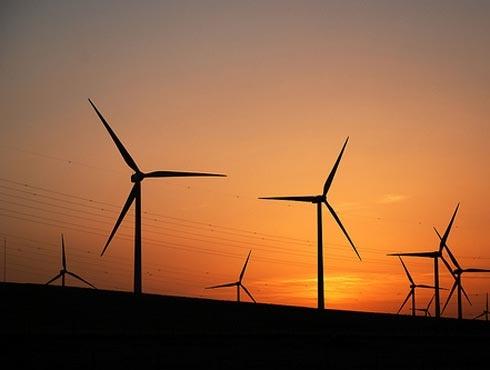 España se mantiene como octavo país más atractivo para invertir en renovables, según E&Y