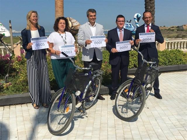 Bahía Sur y Ayuntamiento de San Fernando celebran el Día de la Bicicleta como broche a la Semana de la Movilidad