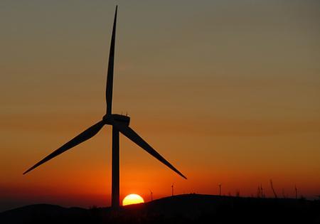 España lidera la clasificación europea de operaciones en renovables en 2009
