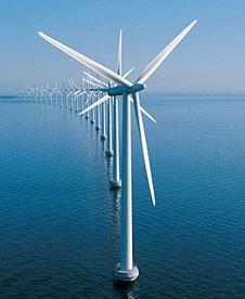 Repsol opta a construir tres parques de energía eólica marina en Escocia