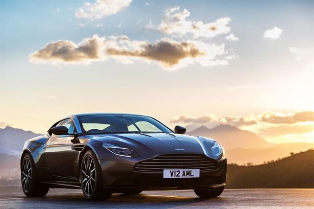 Todos los modelos de Aston Martin contarán con tecnología híbrida para 2025