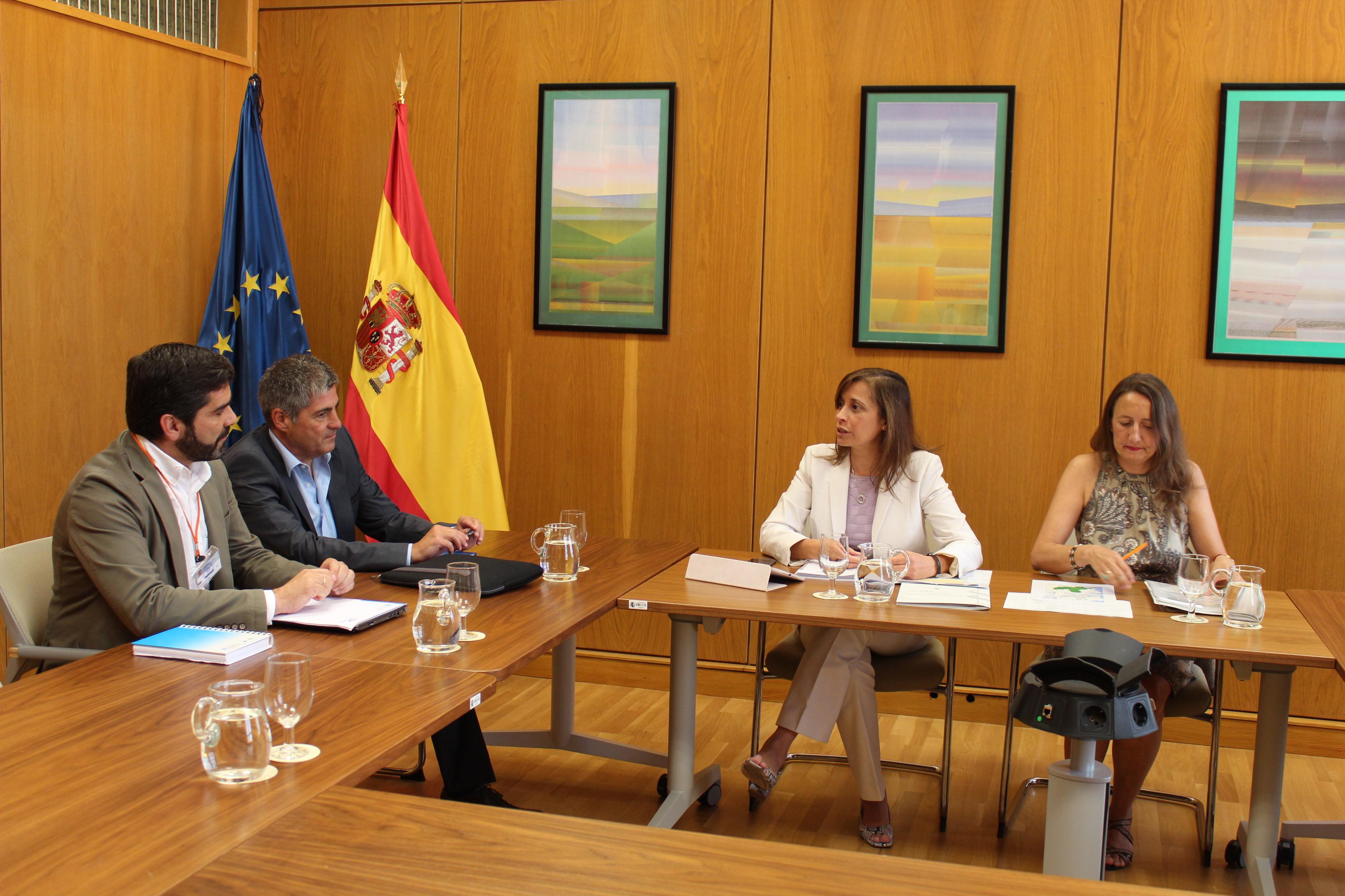 La directora general del Agua se reúne con el director de Aguas de Galicia en el marco del debate para alcanzar un Pacto Nacional del Agua