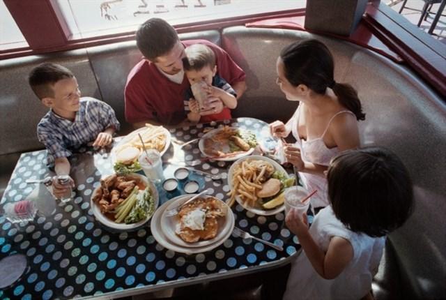 ¿Quién tiene mejores hábitos de alimentación? ¿Hombres o mujeres?