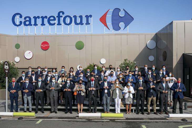 Carrefour firma con 50 fabricantes un pacto sobre transicion alimentaria