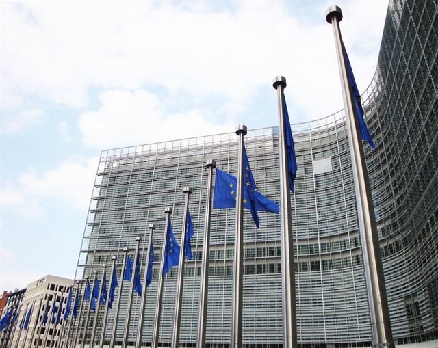 La UE acuerda eximir a los vuelos internacionales del pago por emisiones de CO2 hasta finales de 2023