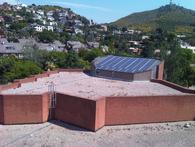 Un colegio de Barcelona se une al cambio de modelo energético con una instalación de autoconsumo en su tejado
