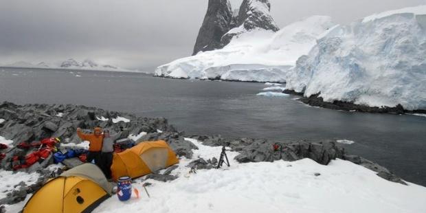 UJI investigará en la Antártida los efectos contaminantes de los humanos