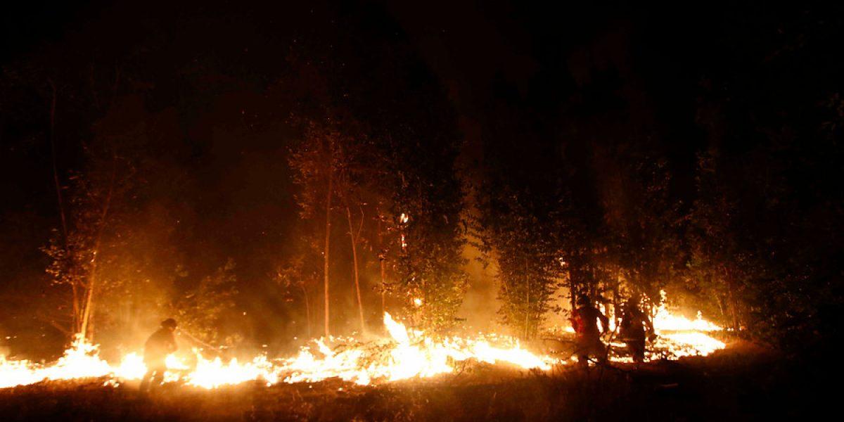 Activo un incendio forestal en la localidad de Yebas, en Cabezón de la Sal