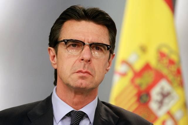 Los fotovoltaicos acusan al Ministro Soria de 'intoxicar'