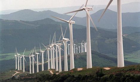Acciona replanteará su inversión en renovables en España si no cuenta con normativa adecuada