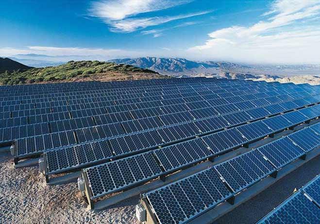 Haeron Solar arrancará una planta solar en Elche de 550.000 paneles